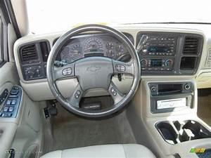 2000 Chevy Suburban Interior
