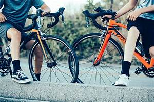 Your Guide To Cycling Knee Pain