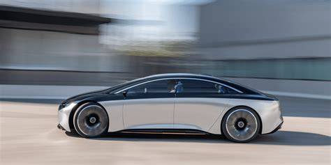 mercedes presents  electric luxury sedan vision eqs