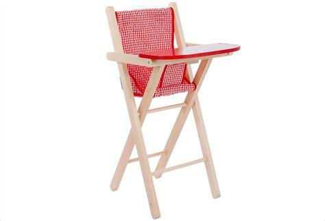 chaise haute poupée chaise haute poupée bois et vichy apesanteur