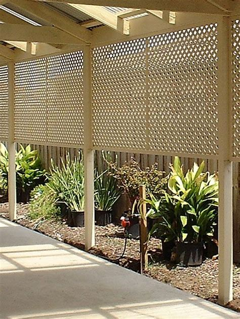 cheap outdoor side 10 cheap but creative ideas for your garden 2 lattice