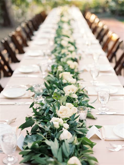 Garland And White Rose Table Runner Centerpiece