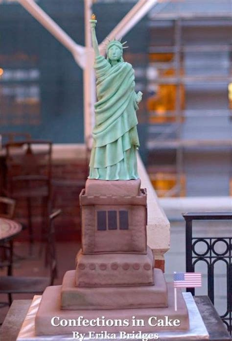 statue  liberty cake   real cake completely