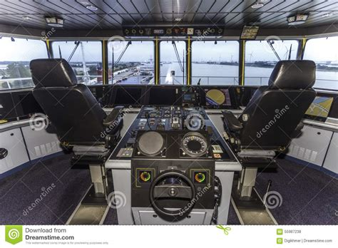 Cabina Di Comando Nave Cockpit Of A Container Ship Stock Photo Image 55987238