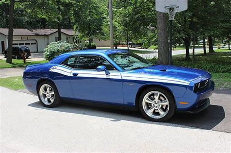 buy   challenger rt classic blue streak pearl excellent condition  midland