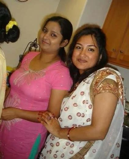 Sexy Hot Desi Indian Local Girls Images Desi Aunty Pics