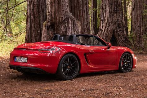 red porsche boxster 2017 2016 porsche boxster vs 2017 porsche 718 boxster what 39 s