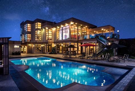multi million dollar okanagan dream house   auction