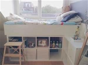 Kinderbett Unter Dachschräge : hochbett selber bauen 2x kallax regal von ikea unter das ~ Michelbontemps.com Haus und Dekorationen