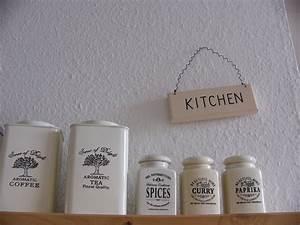 Deko Für Küche : deko 39 dekoration k che 39 studentenbude zimmerschau ~ Frokenaadalensverden.com Haus und Dekorationen
