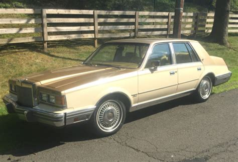 1983 Lincoln Continental town car versailles seville for ...