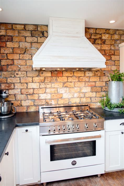 Custom Sink Backsplash Ideas For Your New Kitchen 17397