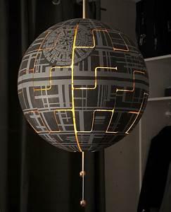 Lampe Star Wars : une lampe ikea transform e en toile de la mort de star wars ~ Orissabook.com Haus und Dekorationen