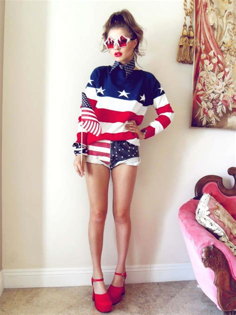 Stylish and Patriotic Outfit Ideas to Try - Pretty Designs