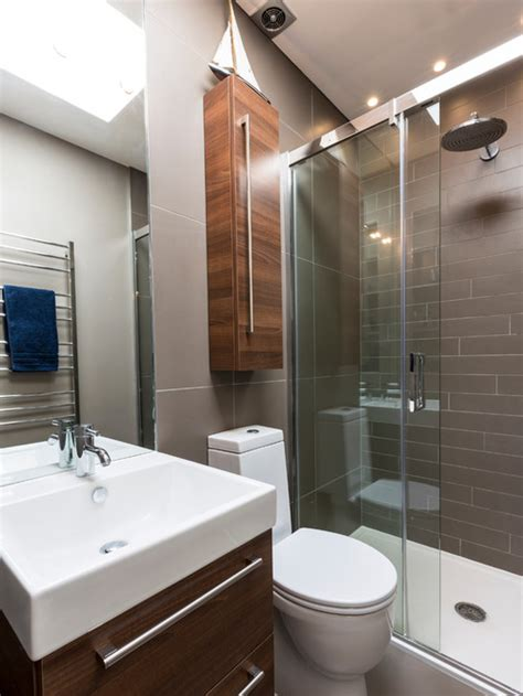 Remodelling Small Bathroom by 10 Beautiful Small Bathroom Remodeling Pictures Sn Desigz