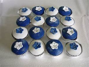 Navy blue and white wedding cake and cupcakes | Supercakes ...