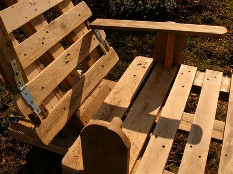 Chaise Longue Fabriqué Avec De La Palette De Chaise Longue Et Palettes Recyclees