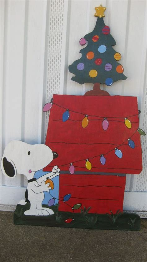snoopy christmas decorations ideas