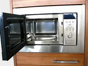 Mikrowelle 17 Liter : aeg hg mc1763e m mikrowelle einbau 800 watt garraum 17 liter 60 cm radio ~ Frokenaadalensverden.com Haus und Dekorationen