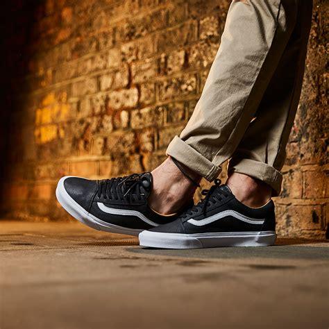 mens shoes vans  skool premium leather blacktrue white vagii