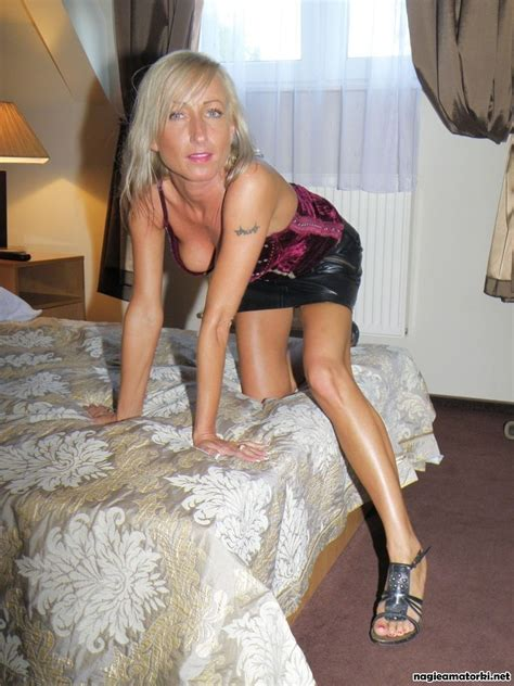 Slender Mature Polish Woman Posing Naked 100 Fapability