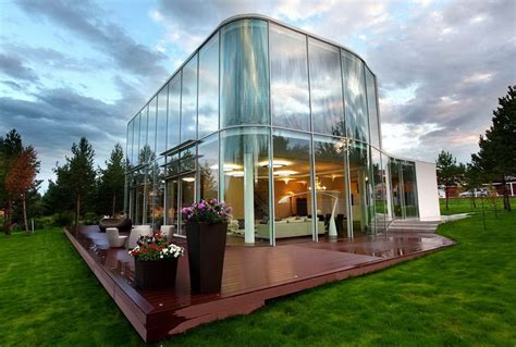 incredibly stunning glass house designs