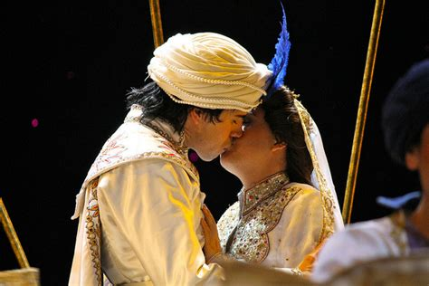 Jasmine And Aladdin's Wedding Kiss On