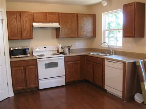 painting kitchen walls with oak cabinets kitchen transition color changes and hardware and 9063