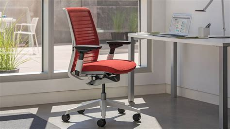 siege steelcase think siège de travail intelligent et mobile steelcase