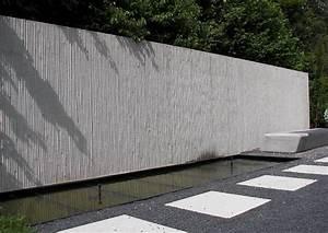 Sichtschutz Aus Beton : beton sichtschutzmauer laermschutzwand gestaltung mit wasser sichtschutz ~ Orissabook.com Haus und Dekorationen