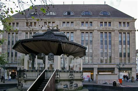 Filecarschhaus Düsseldorf Mit Pavillonjpg Wikimedia