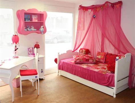 peinture chambre fille 10 ans aménager une chambre pour enfant