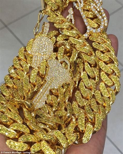 Justin Bieber gives French Montana a $150k gold chain ...