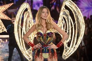 Victoria's Secret Fashion Show 2015: Models show off ...