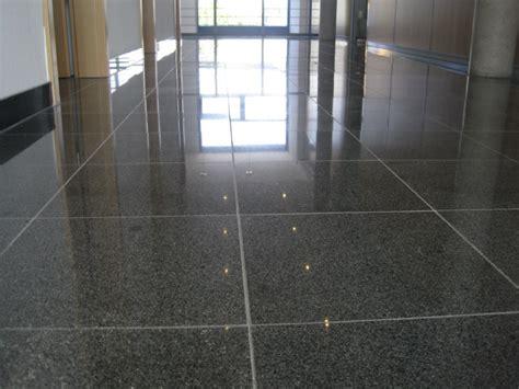 Granit, Granitböden Schleifen, Polieren, Restaurieren