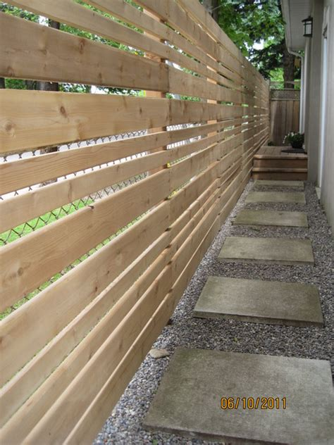 chine drive horizontal fenceside walkway contemporary