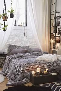 Tapis Boheme Chic : chambre boh me atmosph re romantique en blanc ~ Teatrodelosmanantiales.com Idées de Décoration
