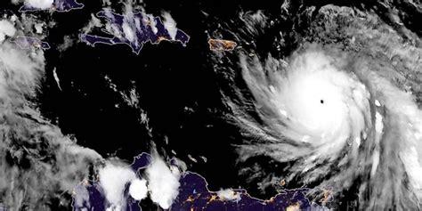 "Dominica  Hurrikan ""maria"" Trifft Auf Karibikinsel Maz"