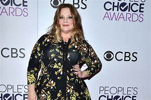 Melissa McCarthy Looks Thinner Than Ever in New 'Saturday ...