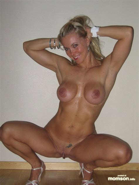Best Hot Nude Moms Adult Archive