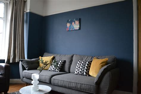 yellow bedroom decorating ideas painting our living room in farrow stiffkey blue on