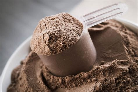 7 Tips for Using Dietary and Whey Protein Safely - Women