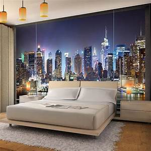 vlies fototapete fenster nach new york ist eine With markise balkon mit skyline tapete new york