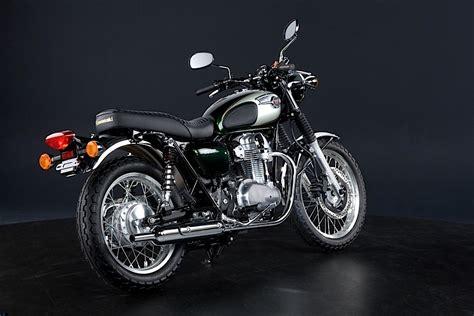 best modern retro motorcycle kawasaki w800 test review the best modern retro motorcycle in the world