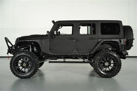 Metal Jacket Jeep Price by Top 10 Cars For Snow Days Autofluence