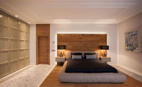 quelle déco en bois pour la chambre à coucher adulte