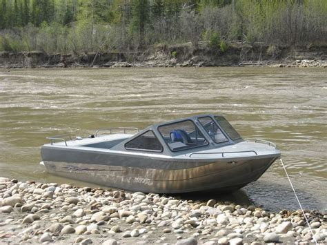 Small Boat Vs Jet Ski by 25 Best Ideas About Aluminum Boat On Aluminum