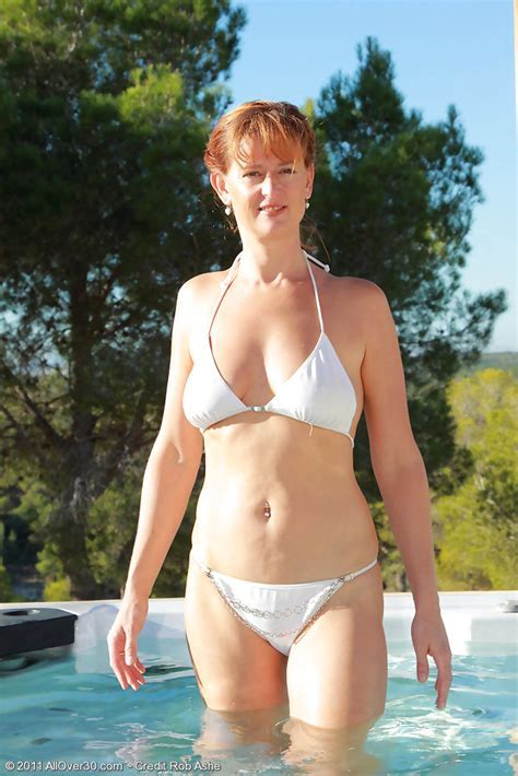 Free Mom Pic Redheaded Milf Liddy From Allover