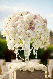 flowers for weddings wedding ceremony flowers the magazine