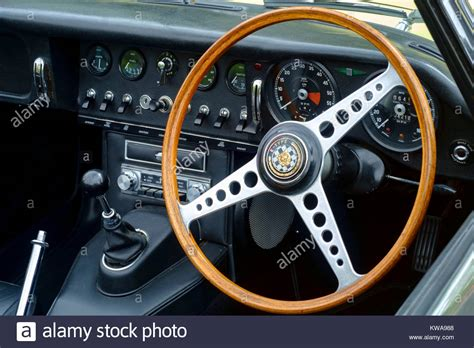 Vintage Jaguar Dashboard Stock Photos & Vintage Jaguar